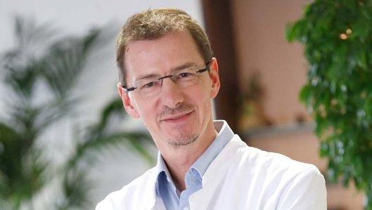 Dr. Jörg Stattaus