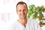 Dr. Nils Paulat